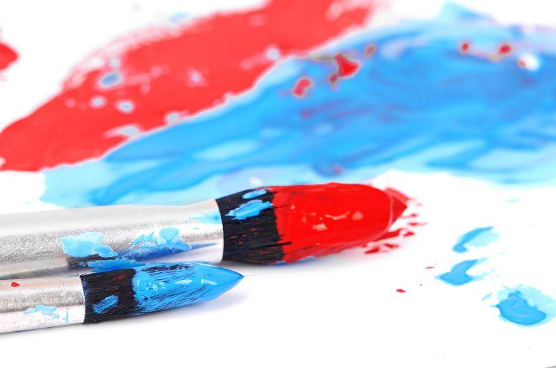 Painting Papa Smurf