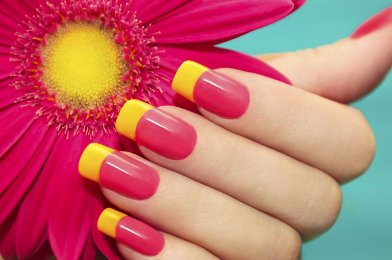 Striking nail polish