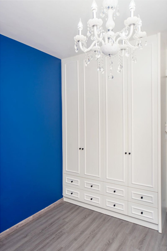 6 tips on how to properly paint over a painted wall. Black Bedroom Furniture Sets. Home Design Ideas